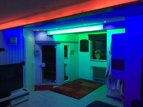 Saunaraum mit LED Multifunktinsdecke