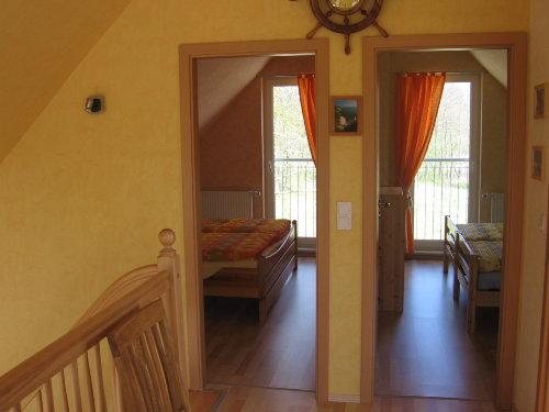 obere Etage 2 Schlafzimmer