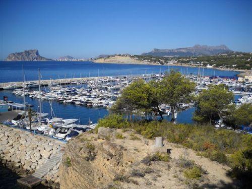 Hafen Moraira + Küstenansicht