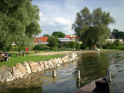 Grimnitzsee, Badewiese in Alth�ttendorf