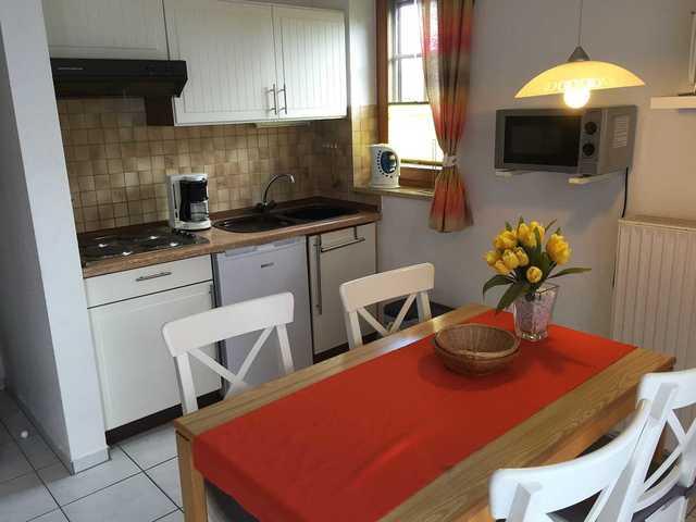 klein henning haus henning app 5 in scharbeutz objekt 101445. Black Bedroom Furniture Sets. Home Design Ideas