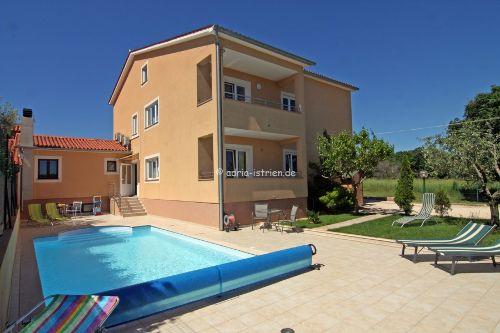 Swimmingpool - Villa Irina in Istrien