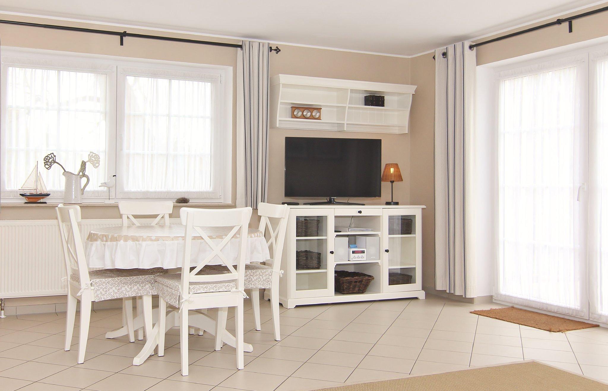 Wohnzimmer in Südlage