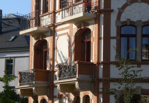Balkone der Fewo A u. B zum Albertplatz
