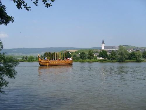 Römerschiff vor Minheim
