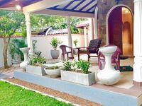 Blackpearl Villa, Doppelzimmer mit Balkon in Aluthgama - kleines Detailbild