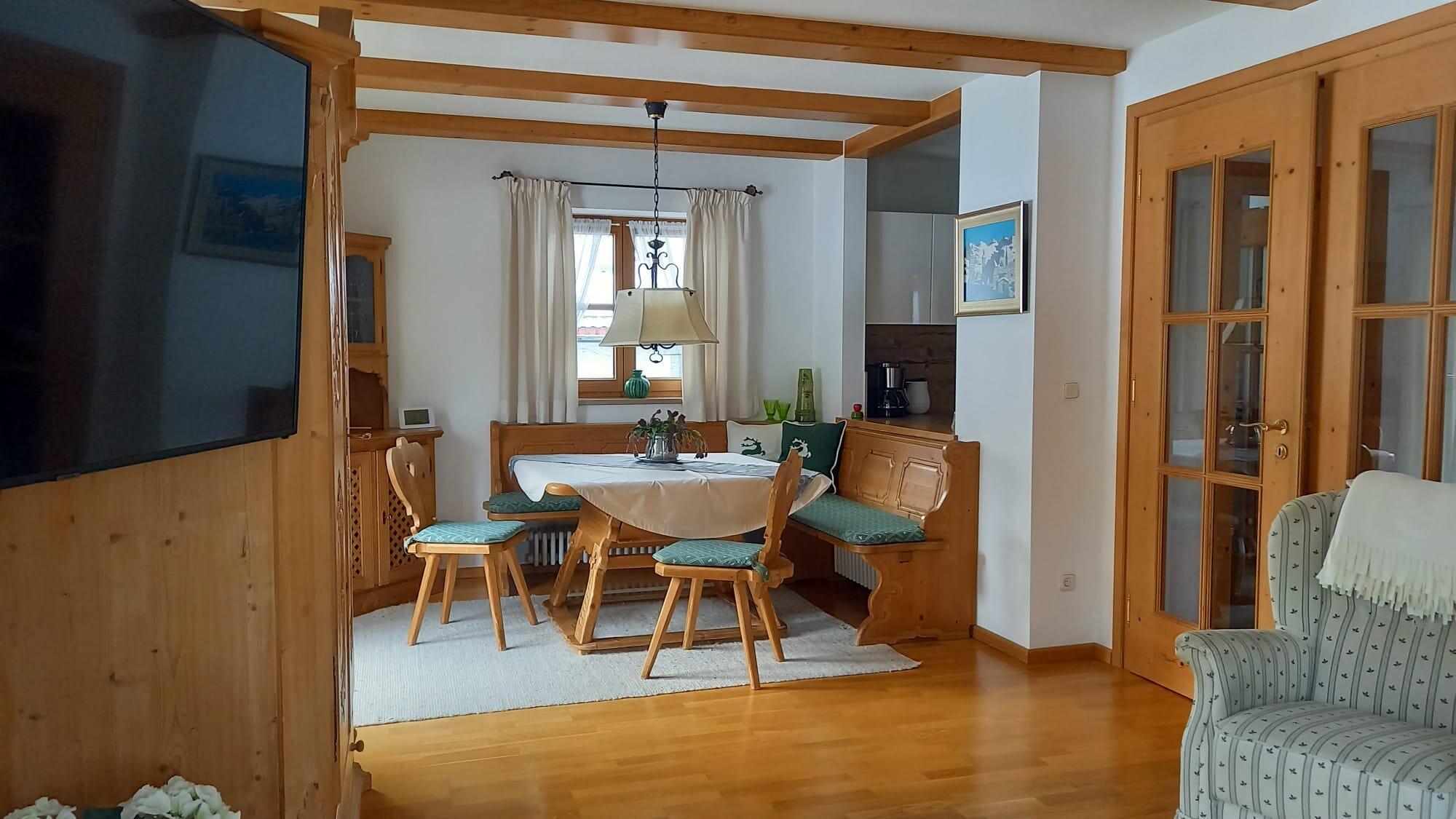 Wohnung Kreuzeck - bayerische Essecke