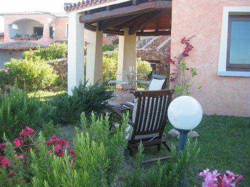 Terrasse mit Blick auf Meer und Tavolar