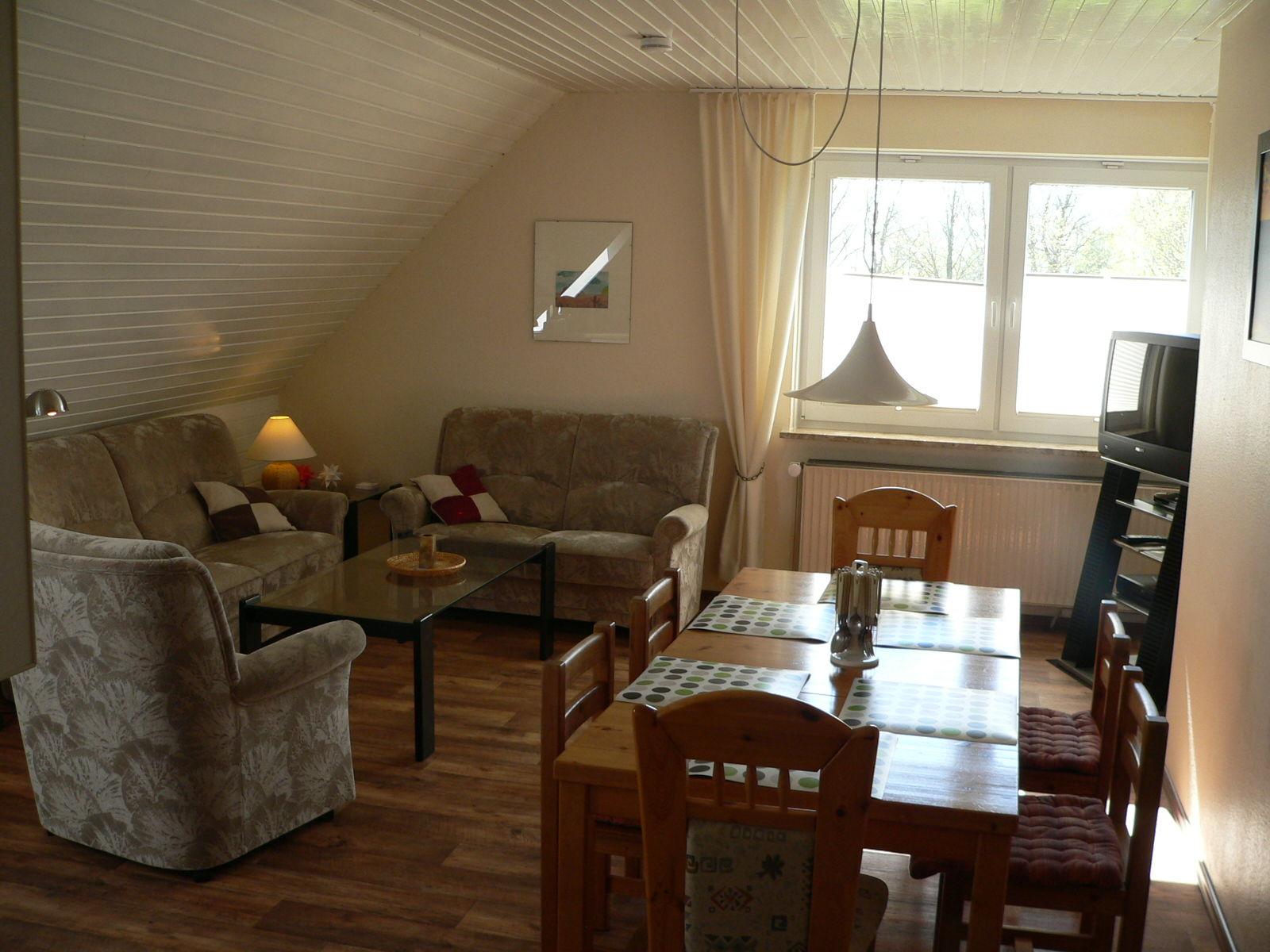 Einbauküche im Wohnzimmer