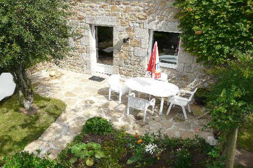 Süd Terrasse mit kleine Garten