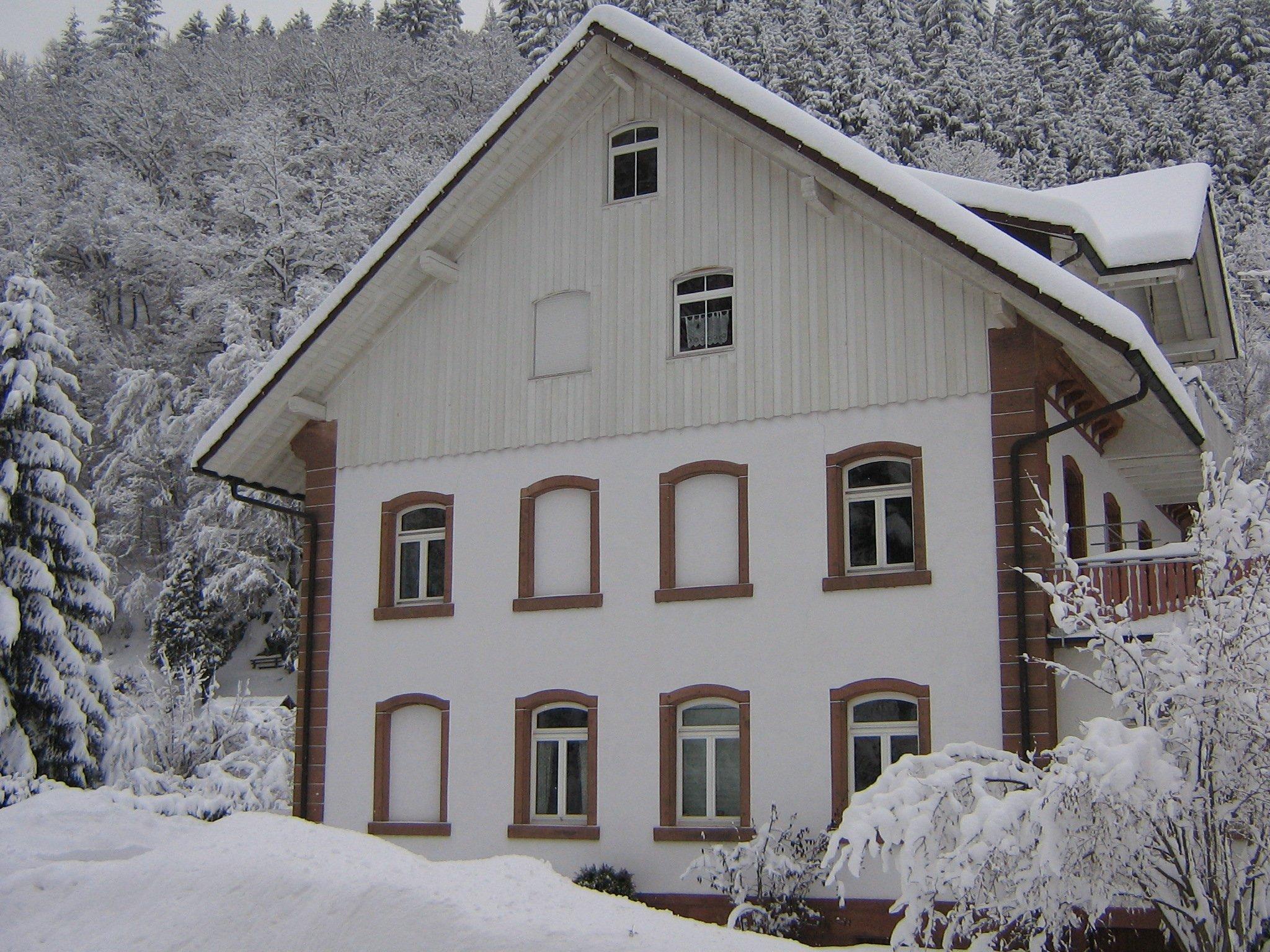 Alte Seebachschule mit Sonnenterasse