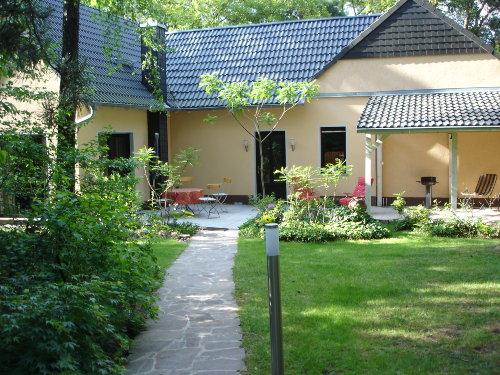 Eingang zum G�stehaus