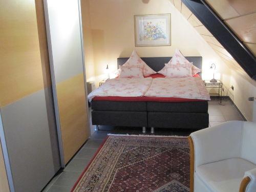 1. Schlafzimmer FEWO 1