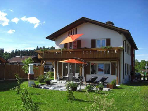 Terrasse Erli 1 mit Balkon von Erli 4