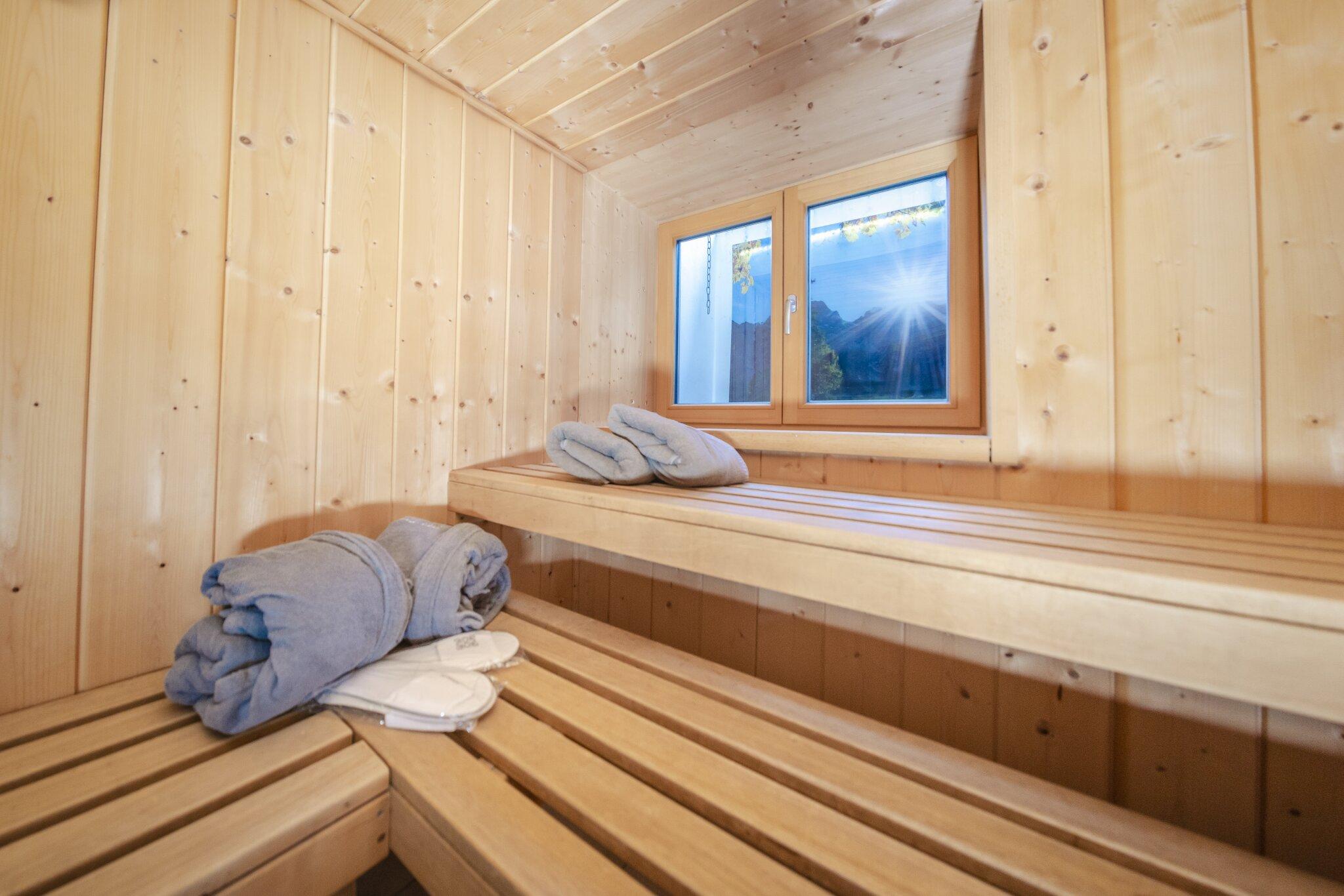 Sauna mit Bademäntel und Saunatücher