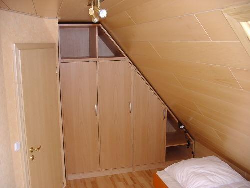 Dachzimmer mit 2 Betten