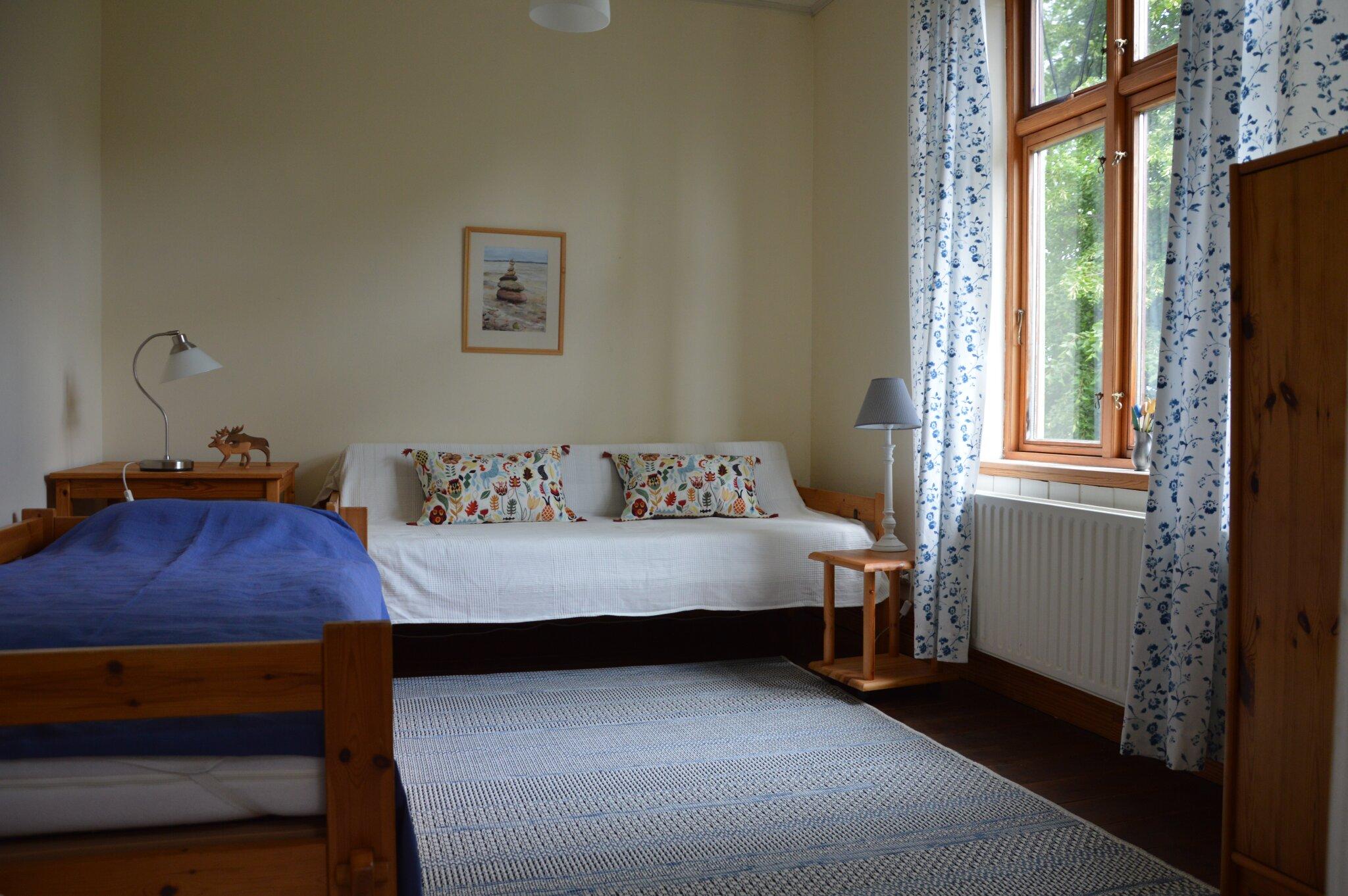 Schlafzimmer zur Hofseite