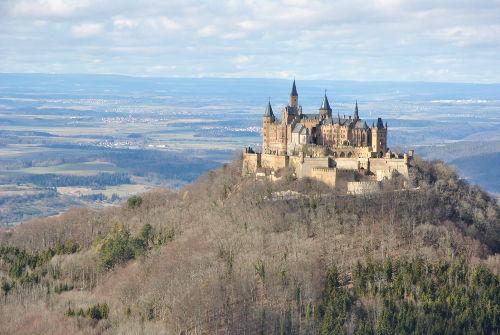 Burg Hohenzollern direkt vor der T�r