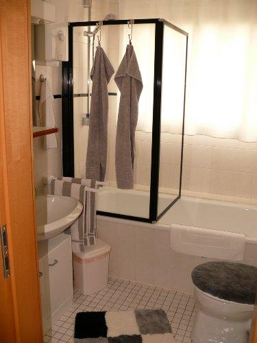 Badezimmer mit Duche / Wanne