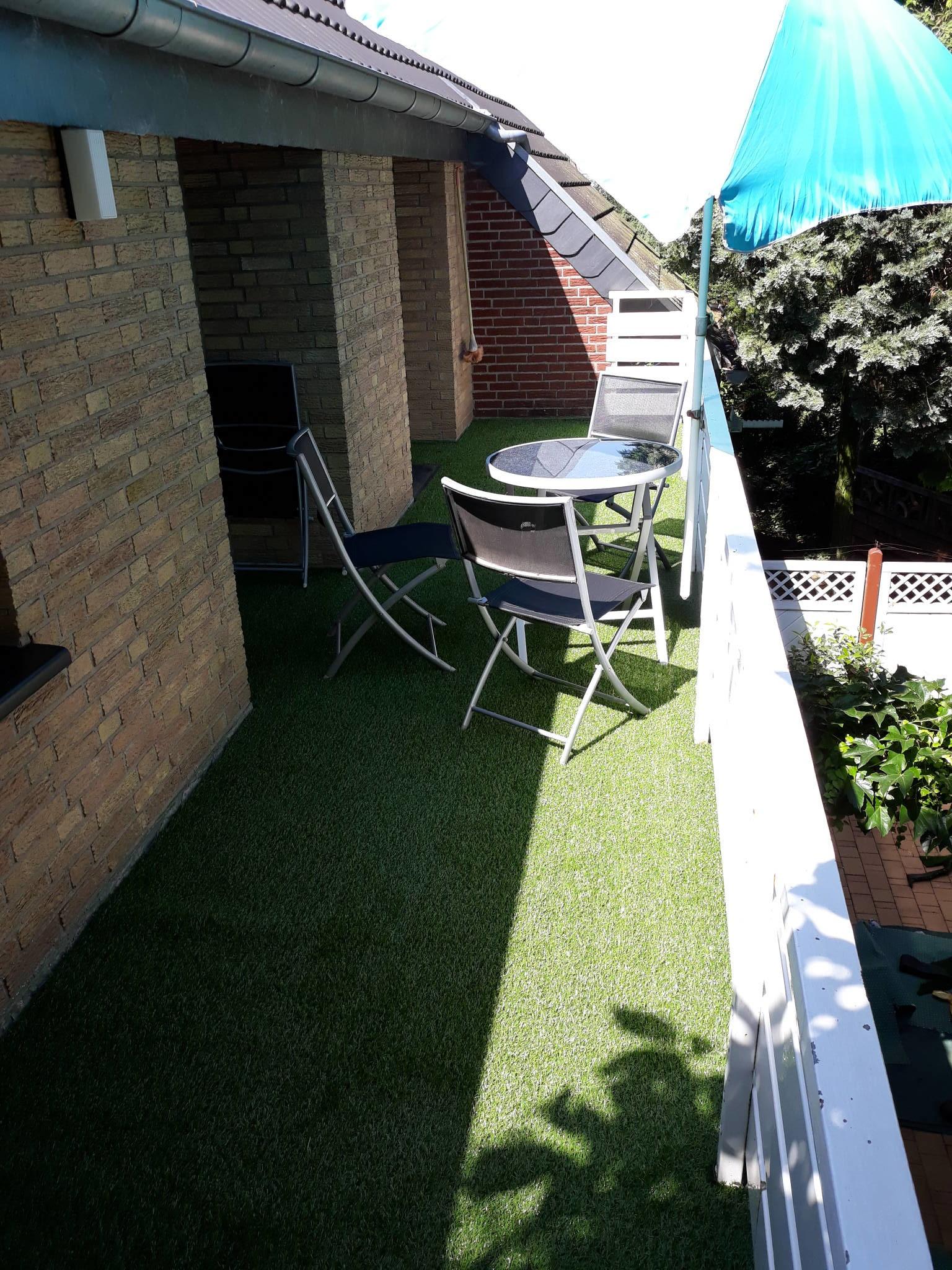 Ruhiger Garten hinten
