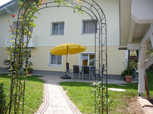 Spiel- und Liegewiese -Kinderspielplatz
