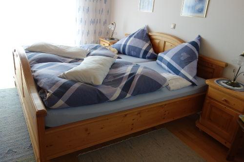 Schlafzimmer, Betten 2,00 x 2,00 x 0,52