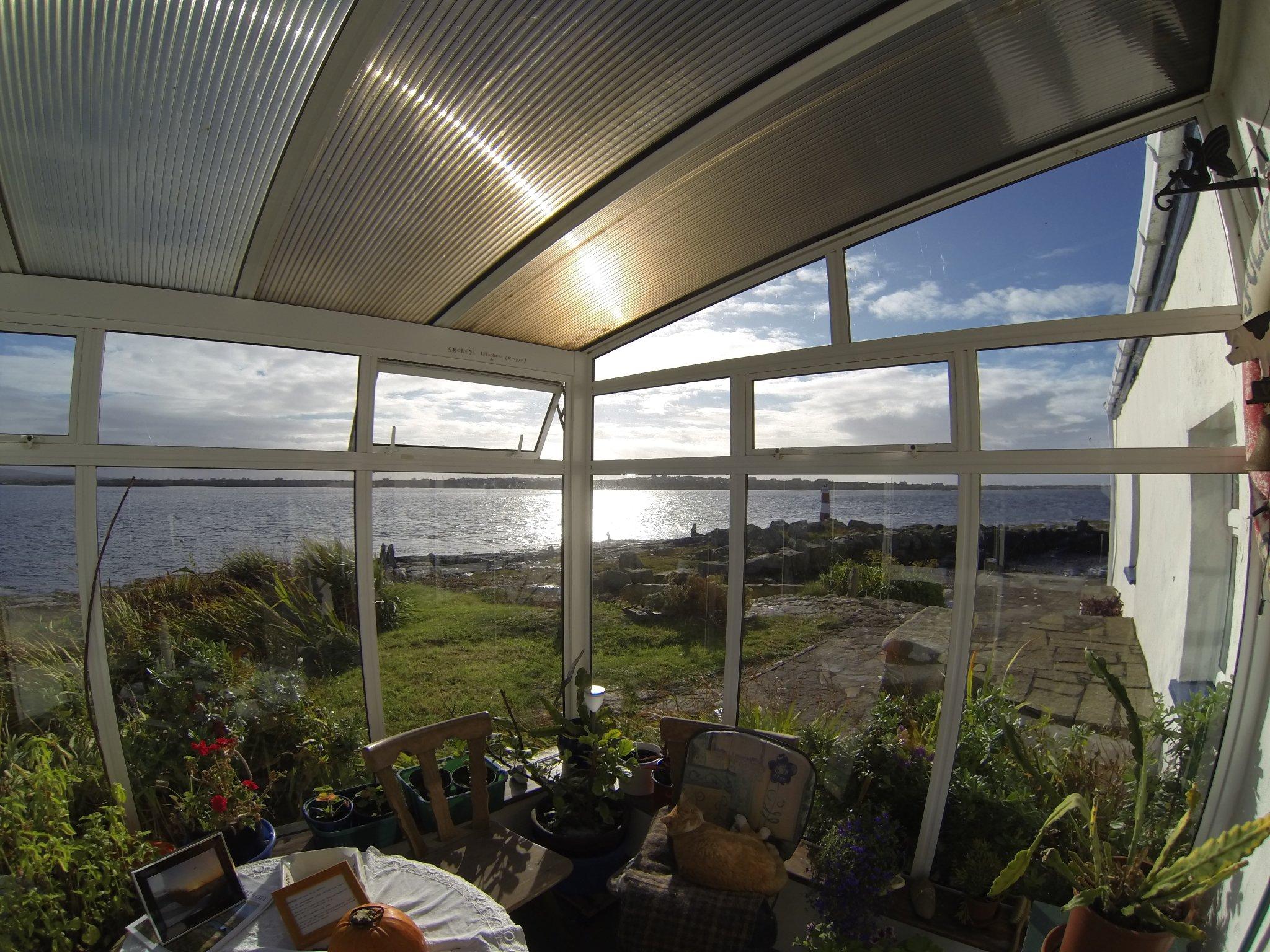 Geräumige Küche, Meeresblick