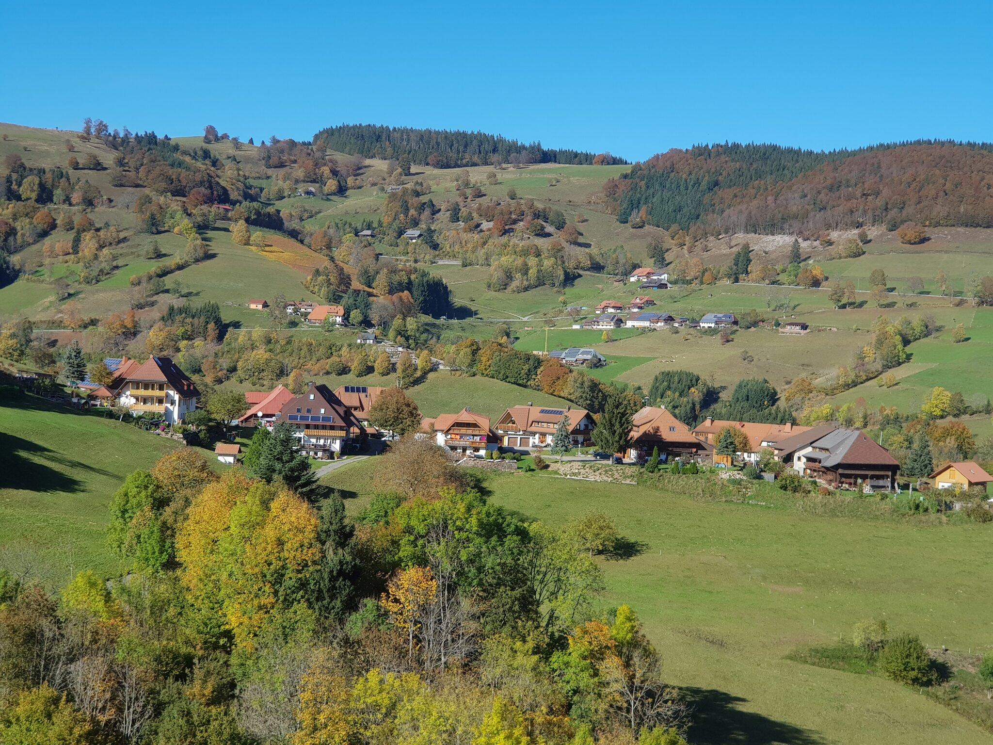 Rundumblick Ortsteil Laittenbach