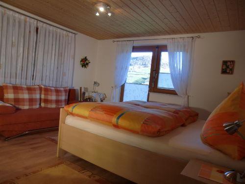 2. Schlafzimmer m. sep. WC