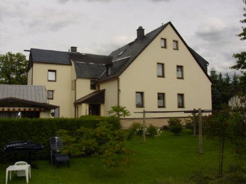 Wohngebäude Ansicht vom Garten