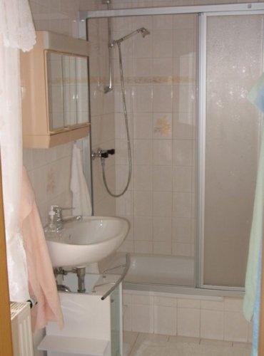 FeWo Dusche und WC