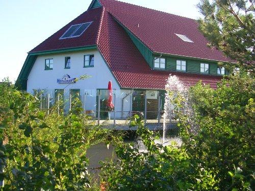 Das Restaurant mit Terrasse im Feriend.