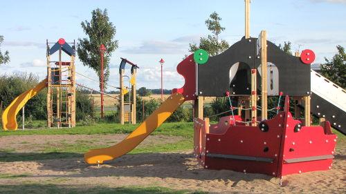 Das neue Spielplatzgelände im Feriendorf