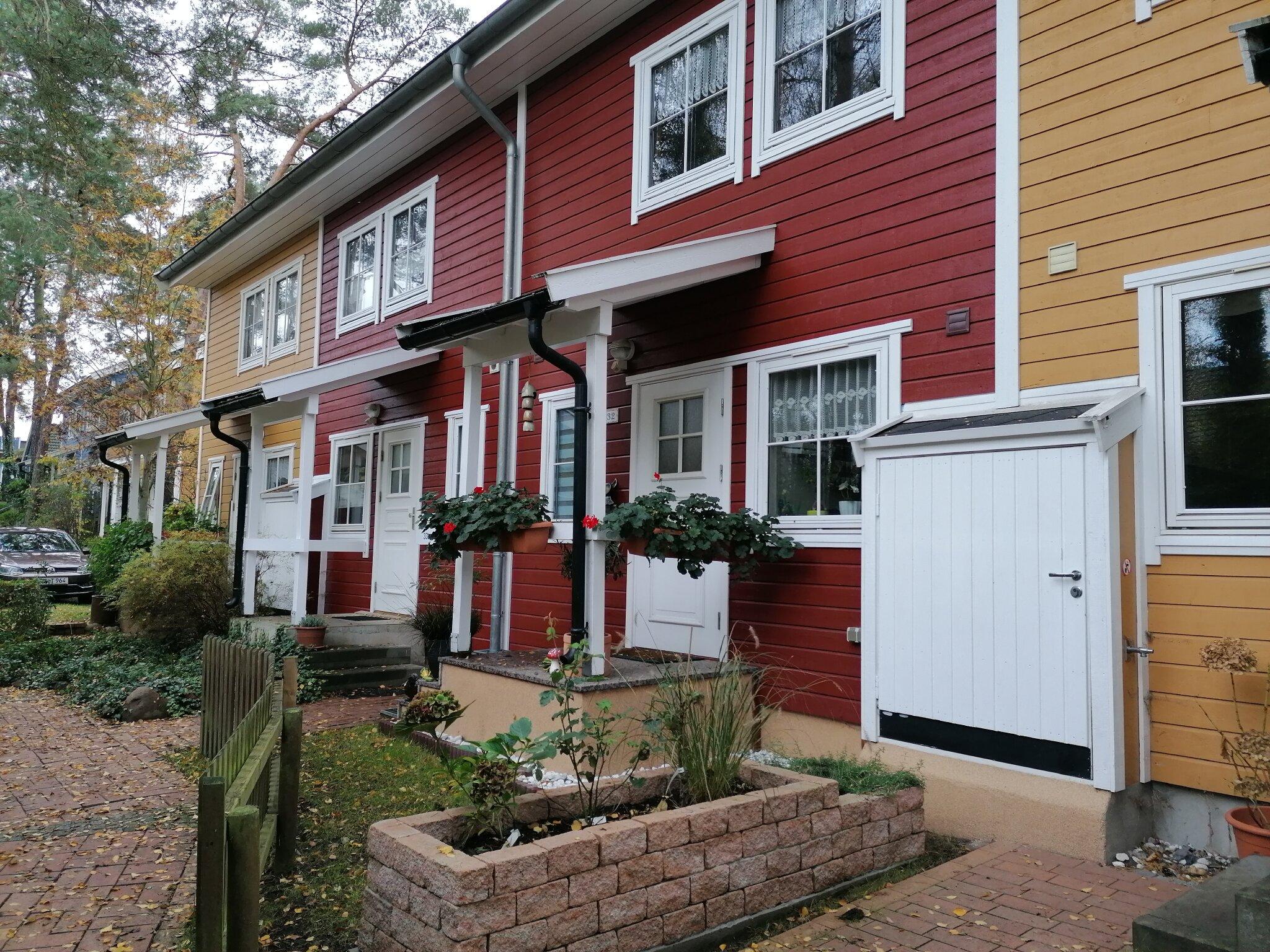 Gartenseite der Häuser