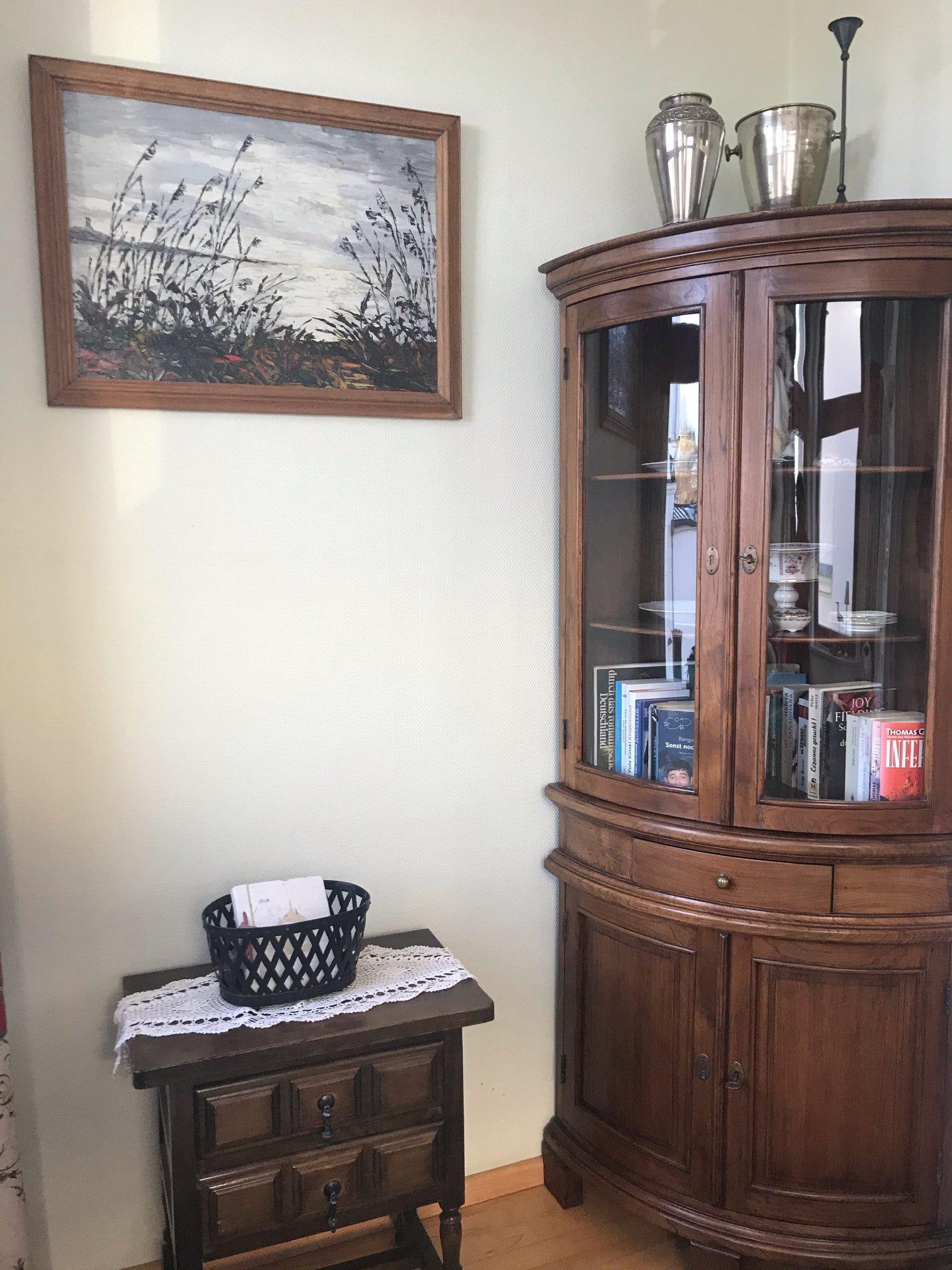 Schlafzimmer mit Stilmöbeln
