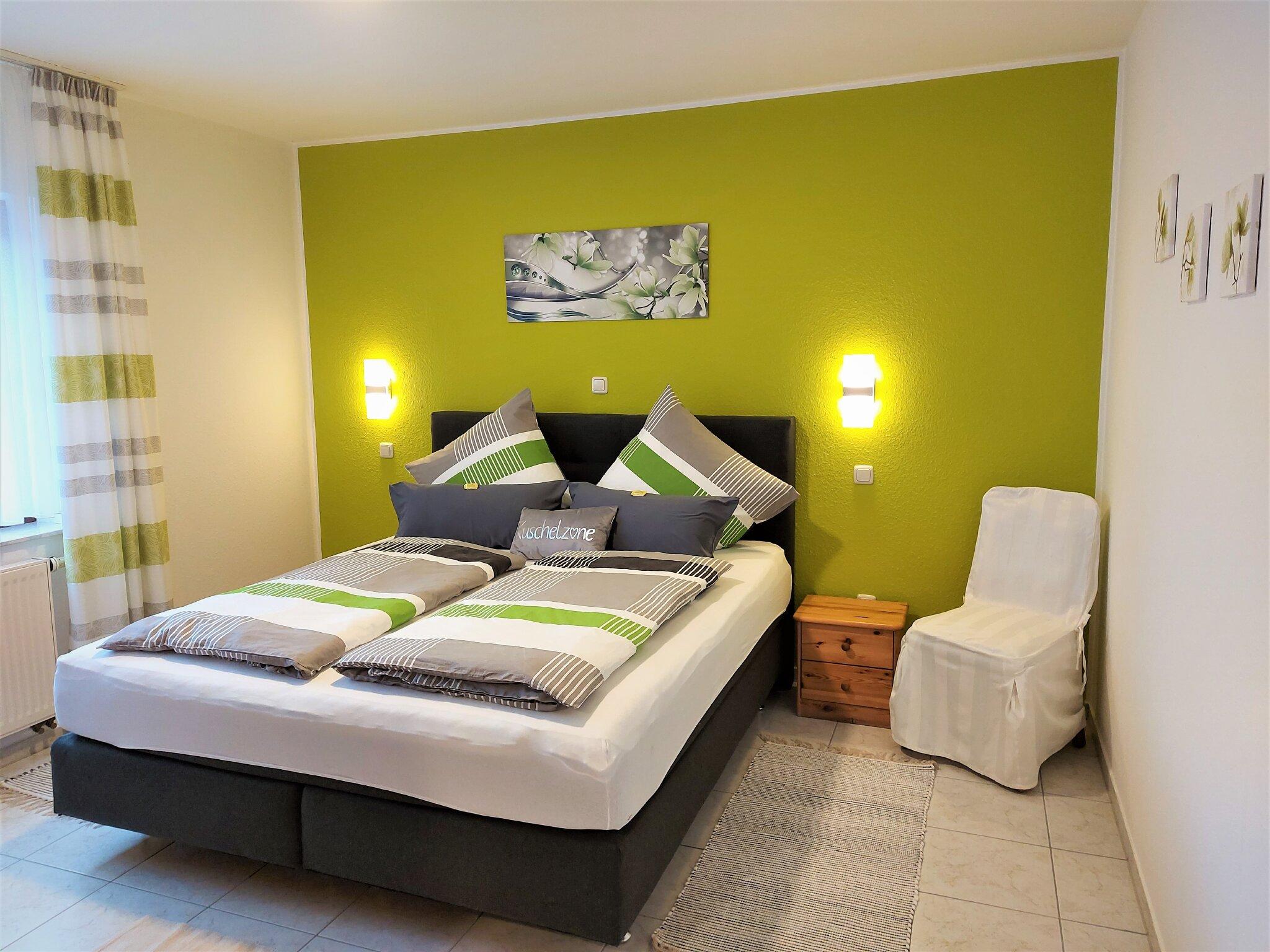 Schlafzimmer EG. rollstuhlgerecht