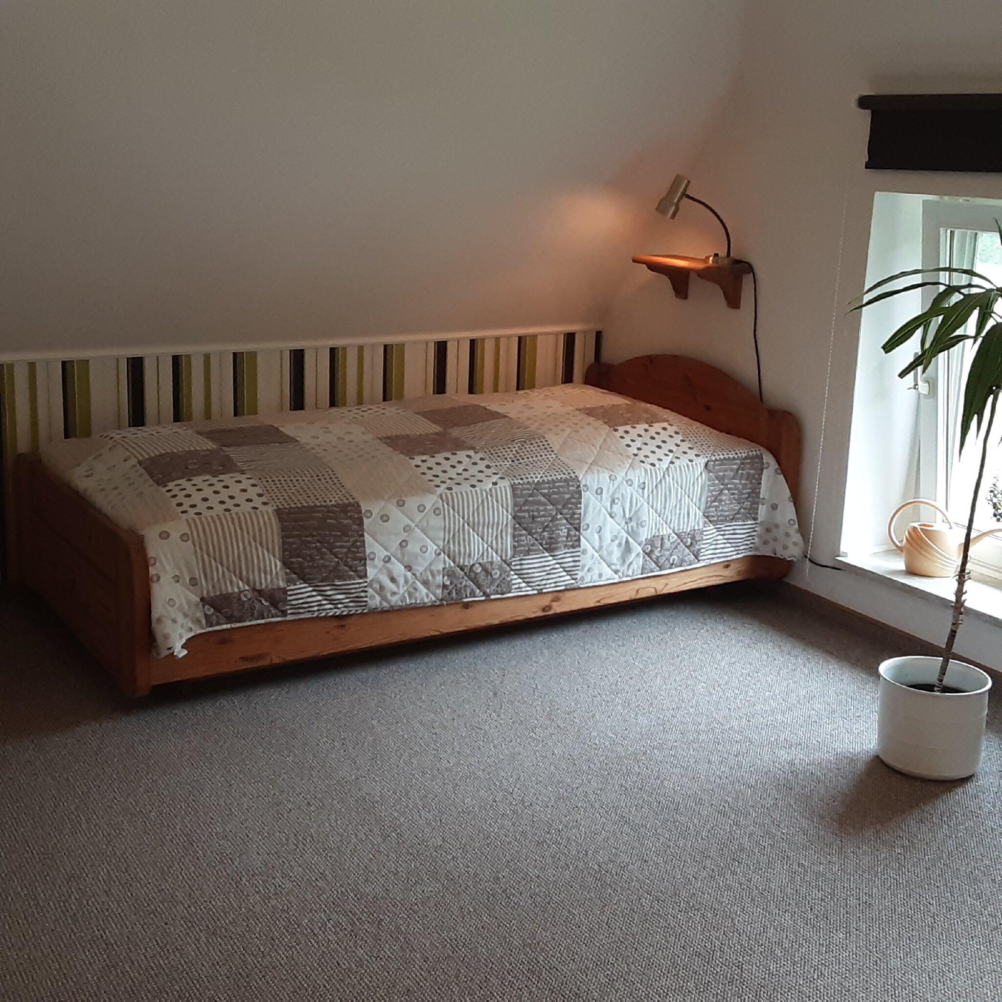 Schlafzimmer / Einzelbett