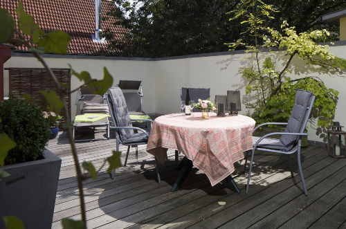 Großzügige, romantische Dachterrasse