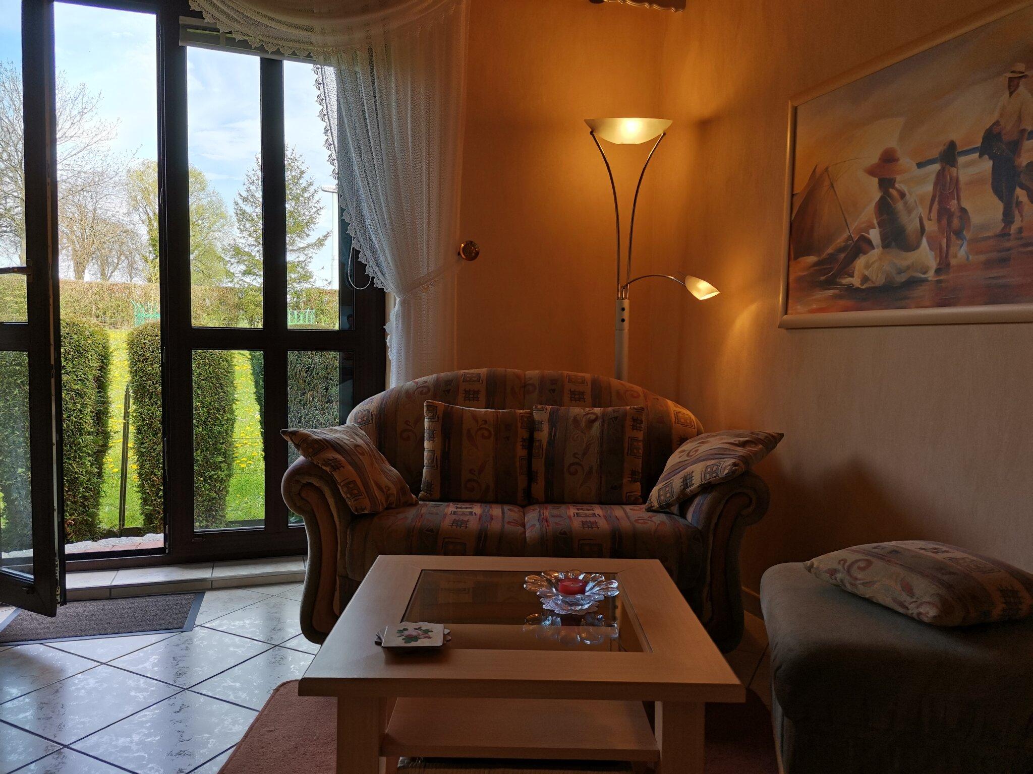 Ein Blick auf den Fernseher.