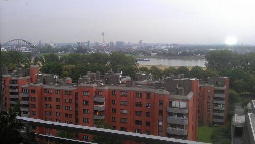 Blick vom Balkon auf Düsseldorf