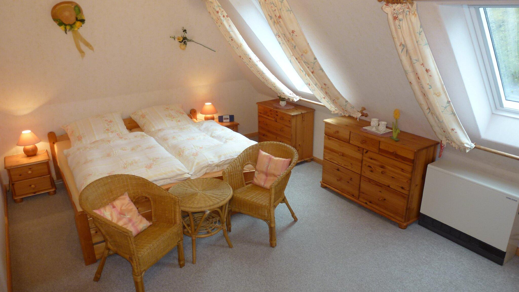 Kleines Schlafzimmer Wohnung 1