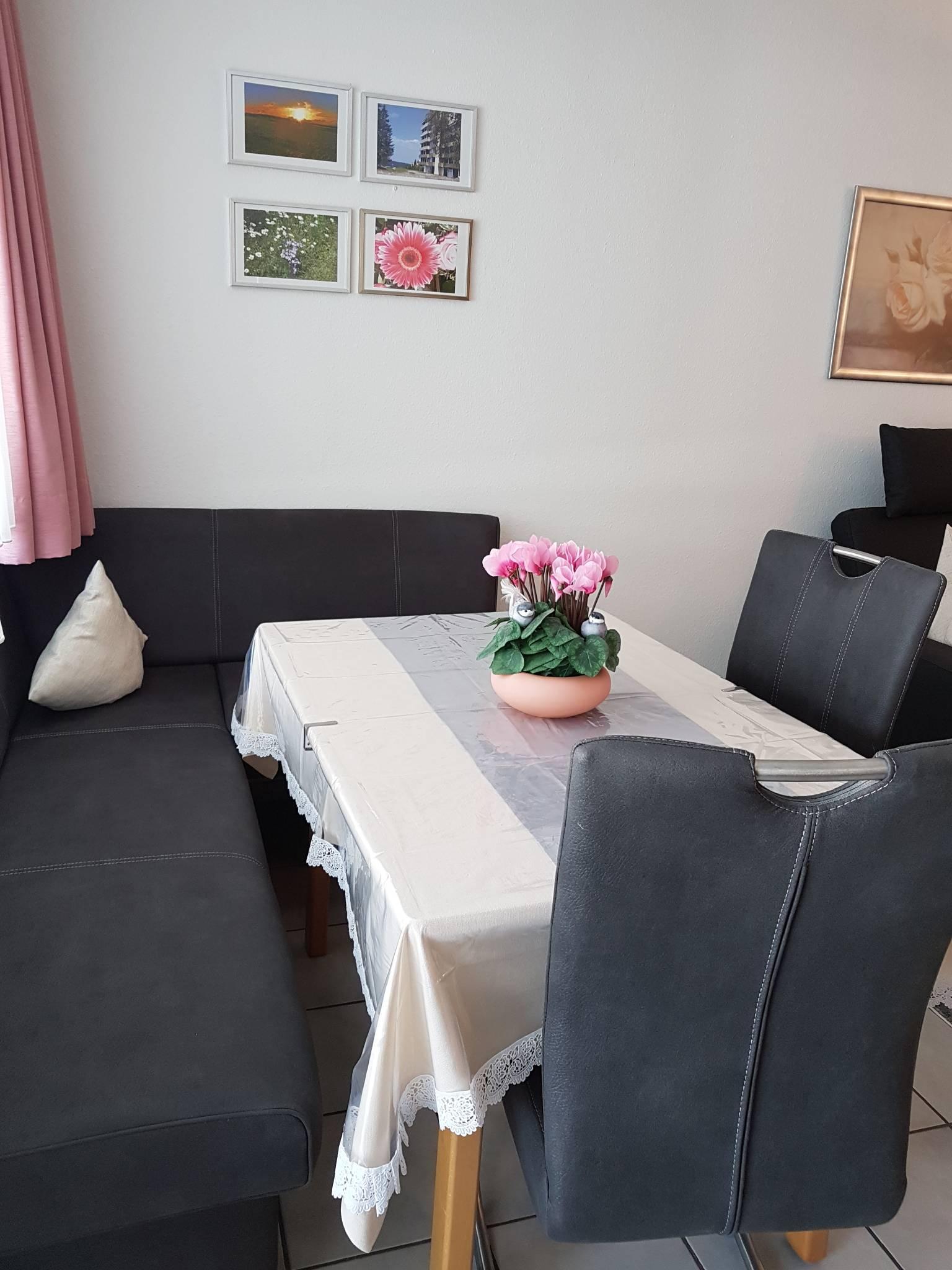 Wohnzimmer/Sitzecke