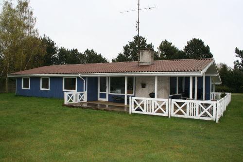 Das blaue Haus auf gr. Gründstück