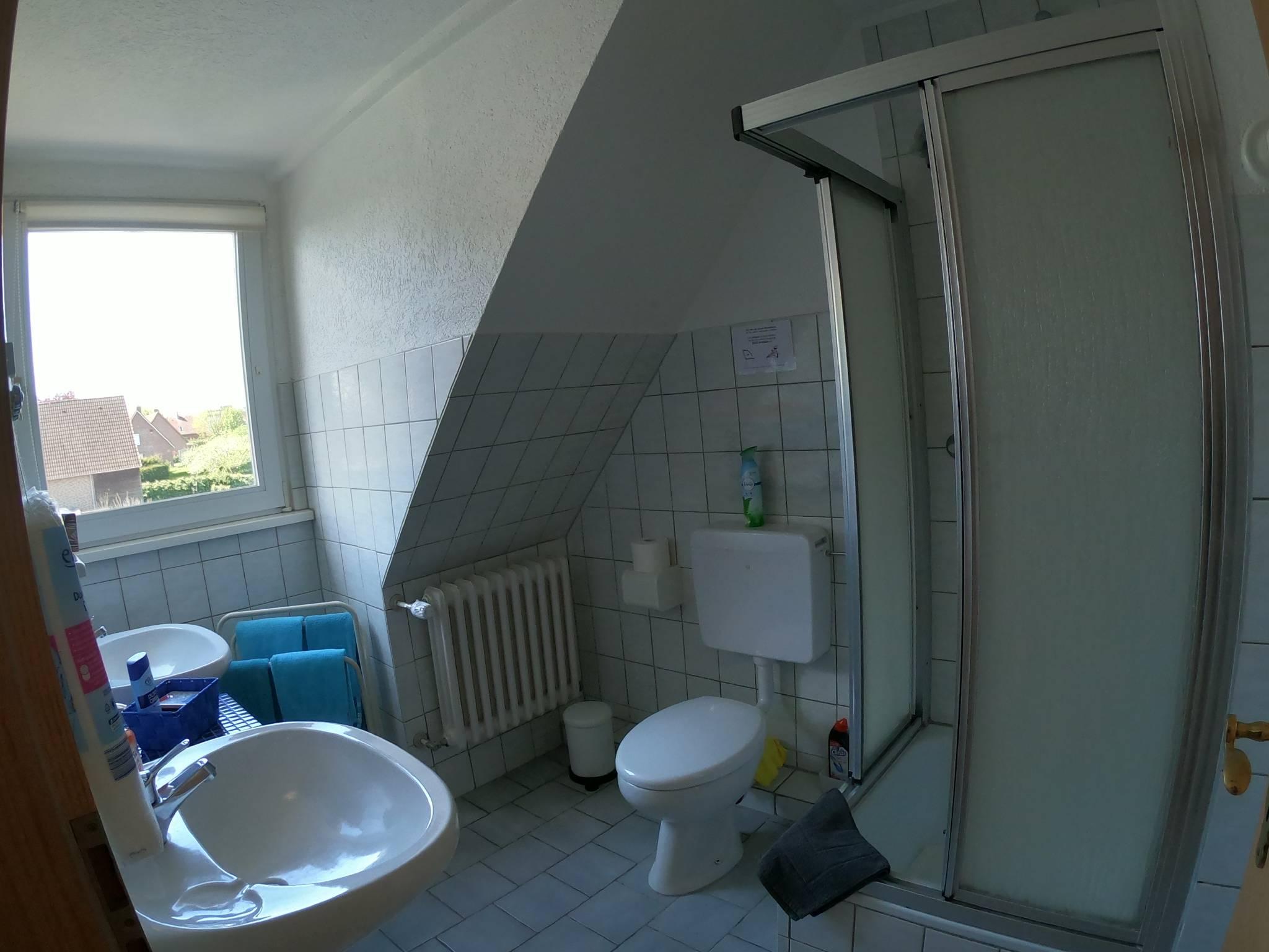 Badezimmer, 2 Waschtische, Fön