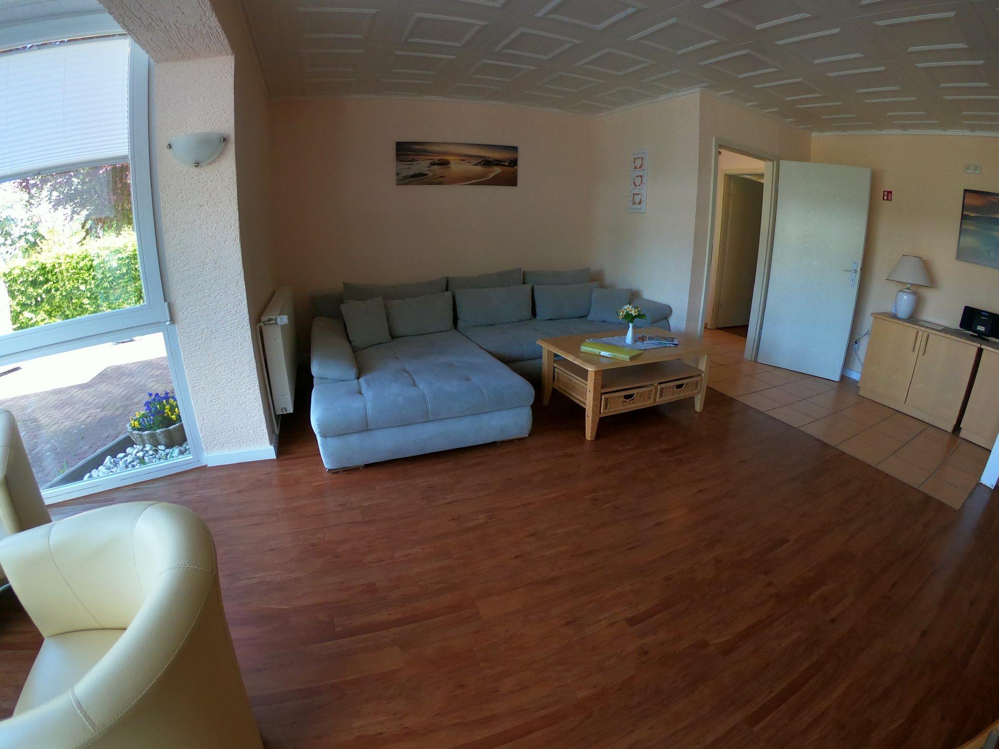 Wohnzimmer, Relax-Sofa