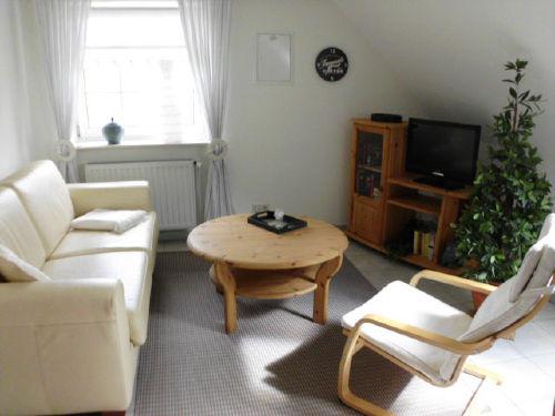 Wohnraum mit Schlafsofa Wohnung Amrum