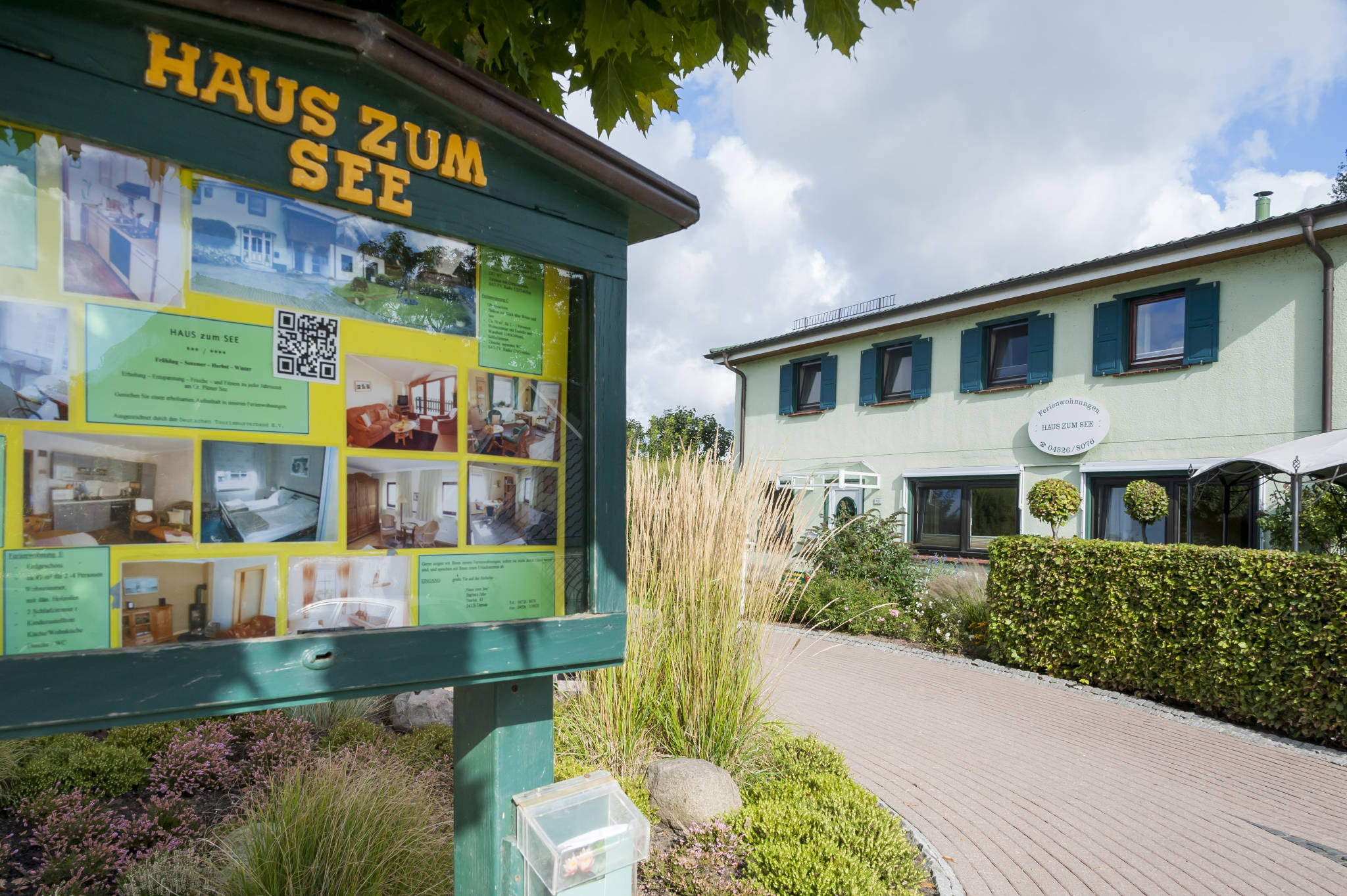 """""""Haus-zum-See """", Auffahrt Dorfstraße"""