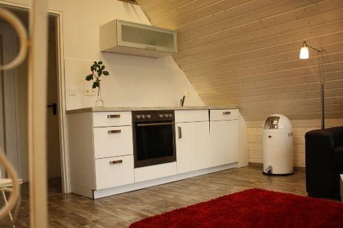 Neue Einbauküche mit Geschirrspüler