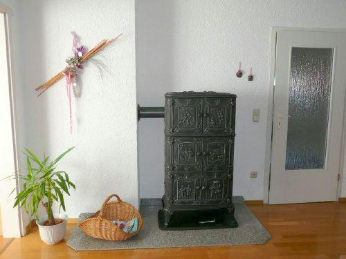 Kaminofen im Eßzimmer