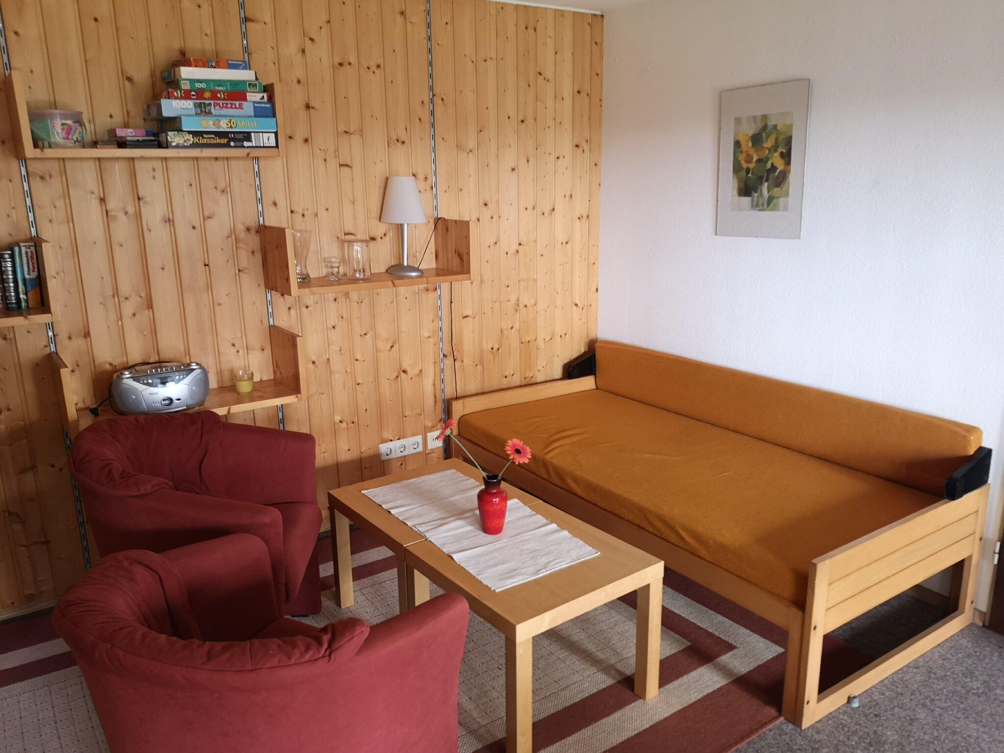 Wohnzimmer/Sitzecke der Terrassenwohnung